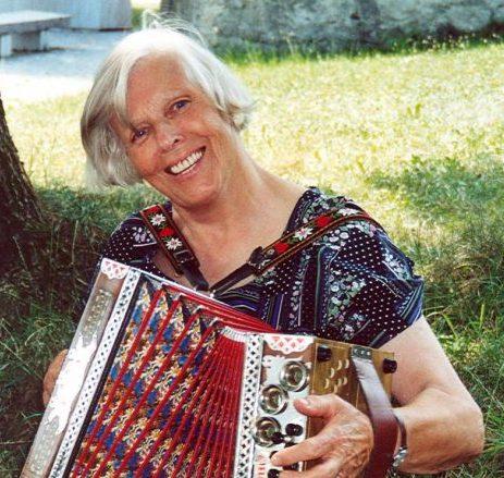 Frau Schulrat Eleonore (Nora) Caba ist am 21.02.2021 gestorben